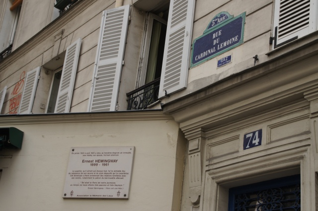 """The apartment where Hemingway and his """"Paris Wife,"""" Hadley, were """"very poor and very happy."""""""